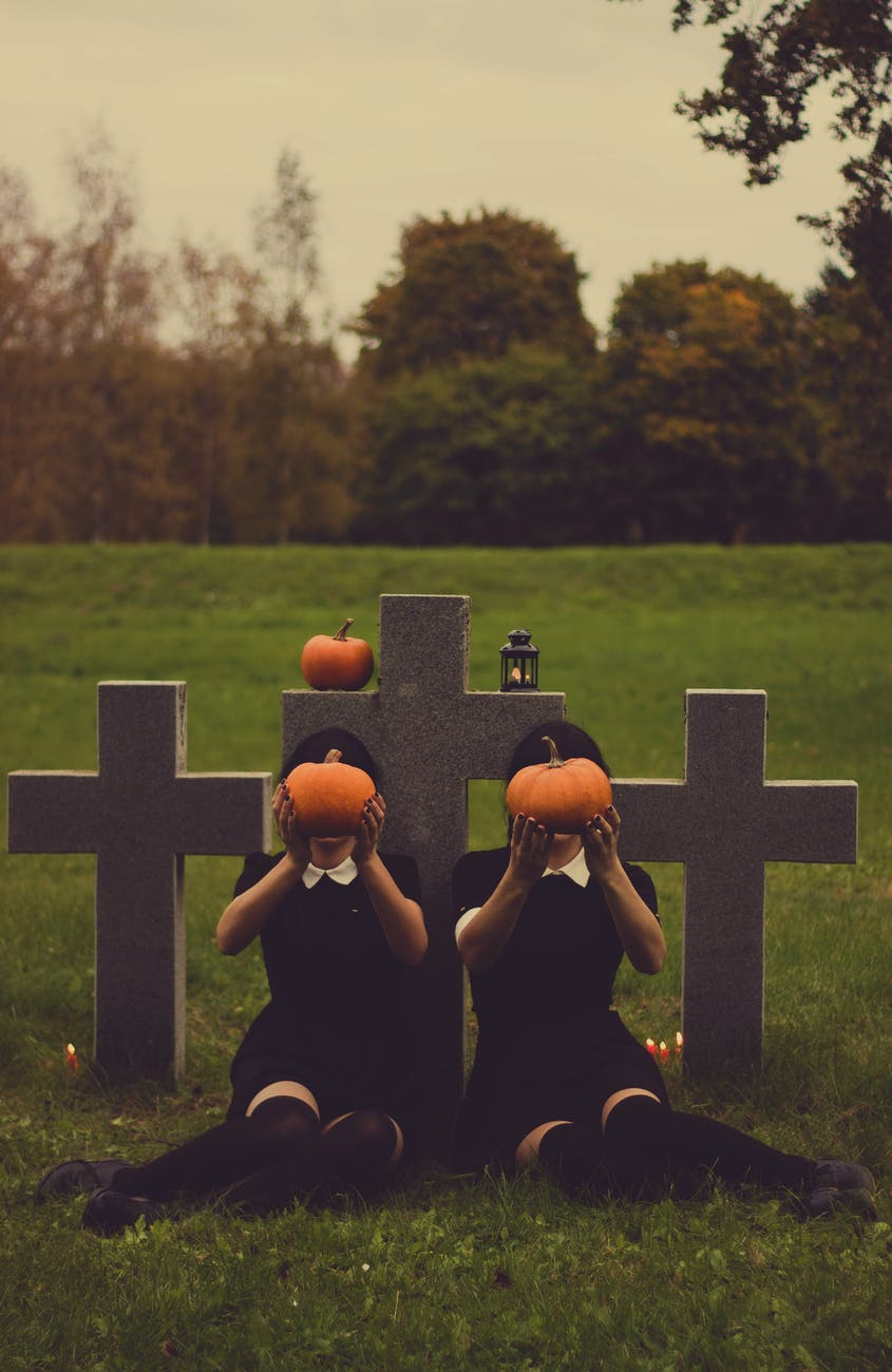 halloween graves gravestones scary