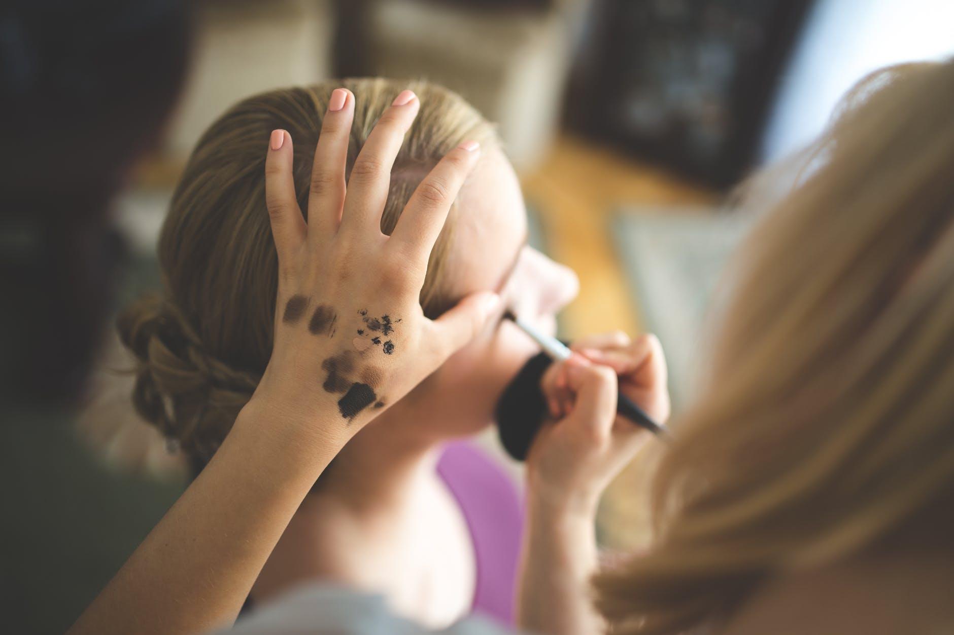 woman-hand-girl-professional.jpg